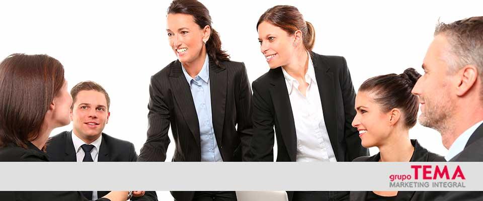 Tipos azafatas y promotoras contratar para evento
